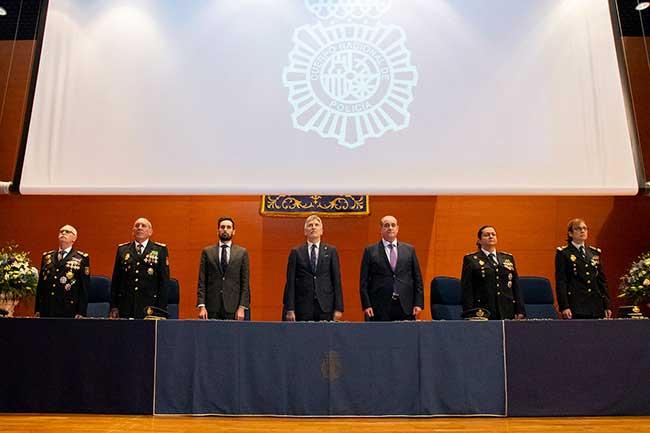 conmemoración seguridad Policía Nacional empresa iniciada en 1824